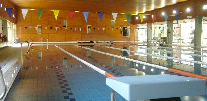 Centro de natacin torrelodones actividades y cursos for Piscina torrelodones